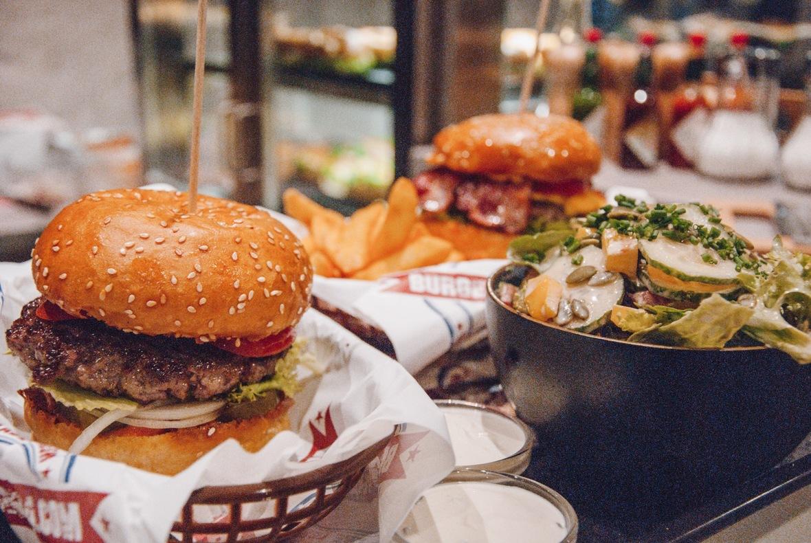 Burger 84 - Salzburg Leben